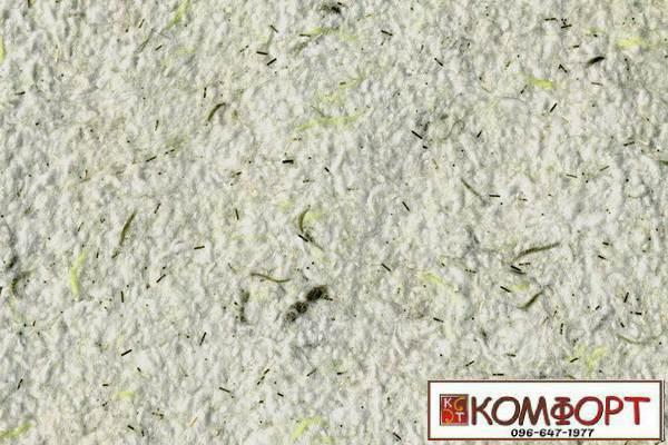 Образец жидких обоев Стиль белого цвета с добавлением блесток и нити окрашенной в оливковый и салатовый цвет